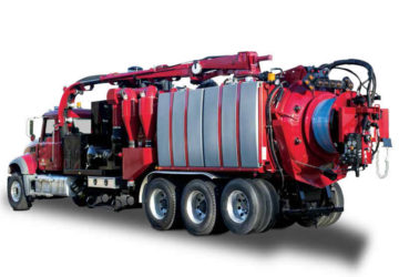 The new Combo Hydro from Hi-Vac Corporation is a hybrid of Aquatech sewer cleaners and X-Vac hydroexcavators
