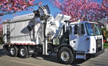 The Alleygator Zero represents the culmination of decades of innovation in waste collection technology. The patented zero radius arm and pendulum packer ...