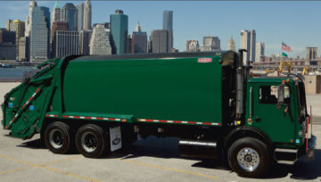 """Leach™ 2R-III. Meet the truck that more operators demand over any other rear loader in the industry. With its standard 3.5 yd3 hopper, 5.5""""packer/carrier ..."""